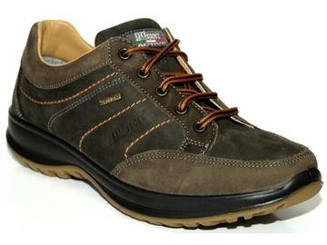 Παπούτσια πεζοπορίας Grisport 8611